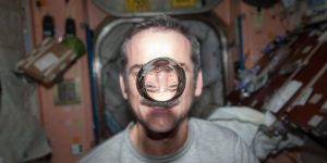 Крис Хэдфилд и его фотографии из космоса