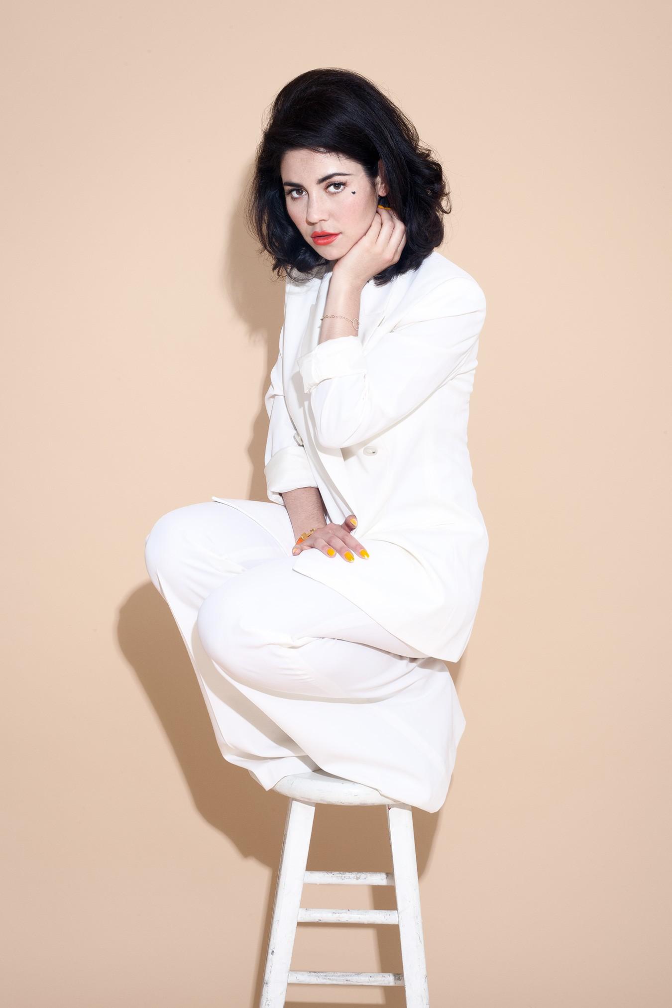 Marina And The Diamonds 6