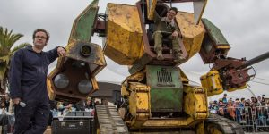 Гигантские роботы из США и Японии сразятся в поединке