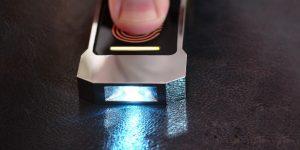 Lumen— фонарик, который работает от тепла человека