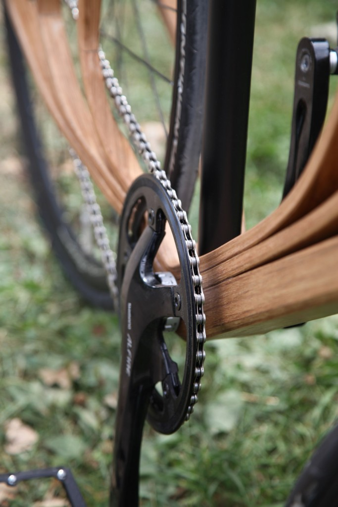 Wooden-bicycle_Niko-Schmutz_dezeen_936_5