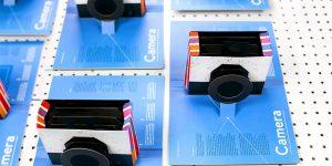 Бумажный фотоаппарат-книга