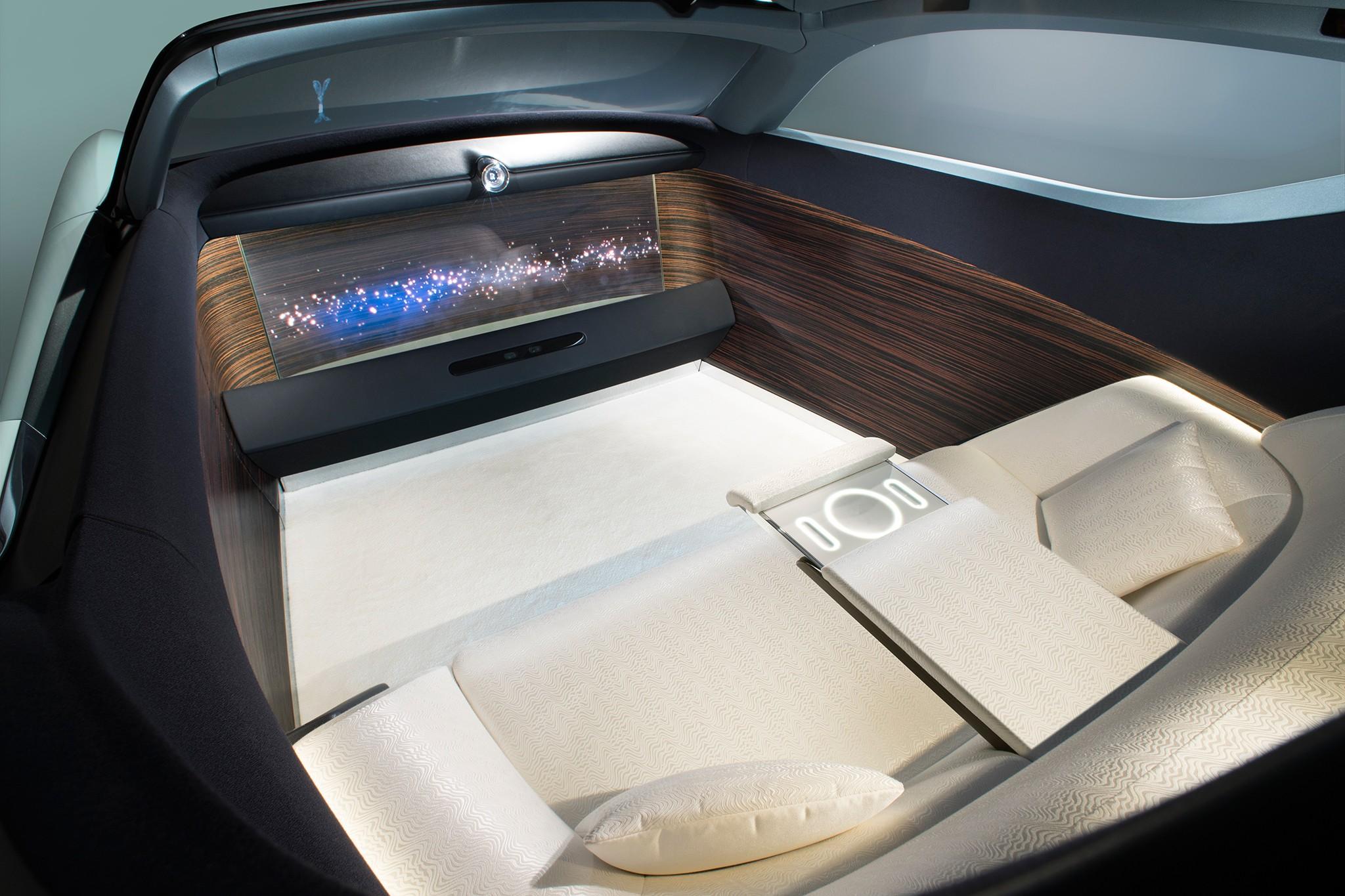 Rolls-Royce Vision Next 100 4