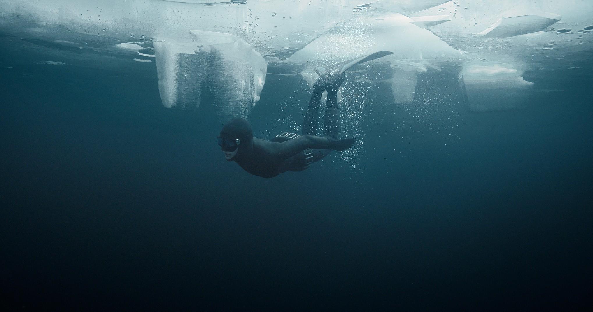 johanna-rolik-ob-ekstremalnom-zimnem-dajvinge-3