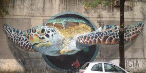 Здания «до и после» вмешательства уличных художников