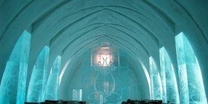 Круглогодичный ледяной отель в Швеции