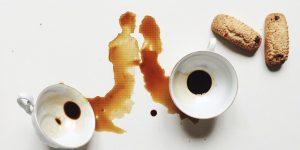 Рисунки пролитым кофе от Джулии Бернарделли