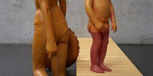Минимально окрашенные деревянные скульптуры от Вилли Вергинер