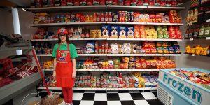 Мягкий минимаркет Люси Спарроу  на Манхэттене