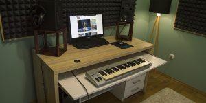 DIY. Компьютерный стол для музыканта своими руками